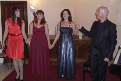 סולניות האופרה הישראלית עם דודי זבה, המלון הסקוטי