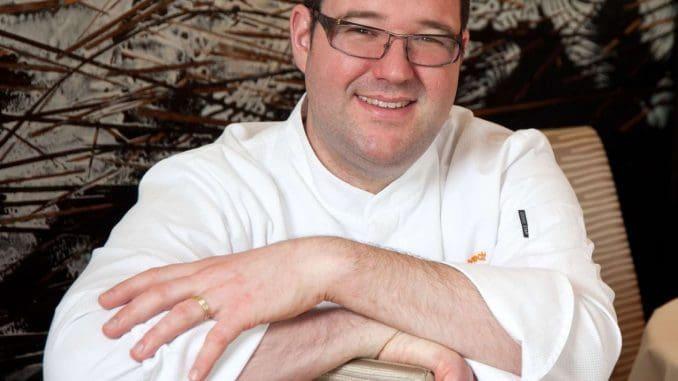 שף אלקסיס אלברכט ממסעדת Au Vieux Couvent בעלת כוכב מישלן