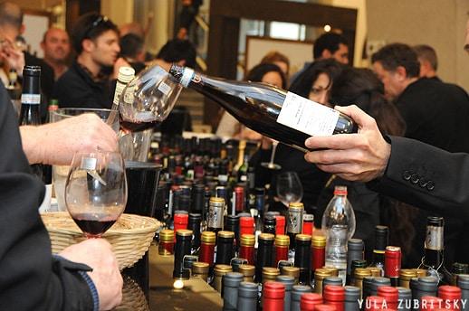 תערוכת היין לקהל המקצועי Sommelier (סומלייה)