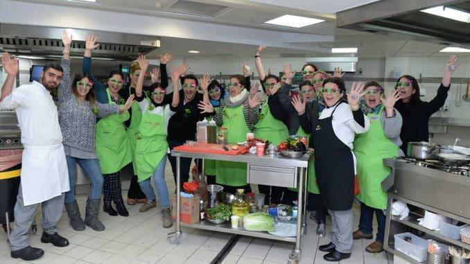 לאורך תקופת ההכשרה שתימשך שלושה חודשים אינטנסיביים, יתחרו הנבחרות במשימות בישול ואפייה, קבוצתיות ופרטניות