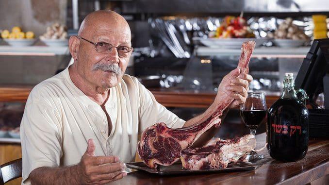 דני ברנד בעלים של רק בשר עם חבר