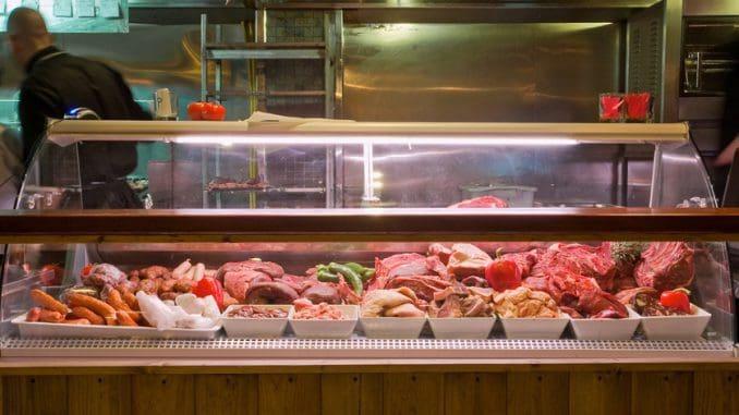 ויטרינת הבשרים - לבחור עם הטבח