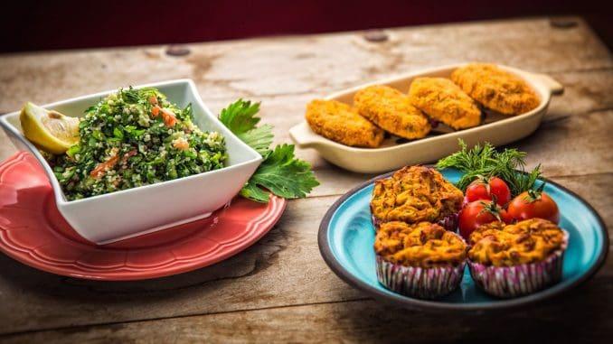 תפריט בריא וטעים הנבנה בהתאם לשיטה ומתבסס על מזון בעל ערכים תזונתיים גבוהים שאינו מעובד