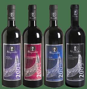 יינות סדרת הרזרב שוהים שנתיים בחביות עץ