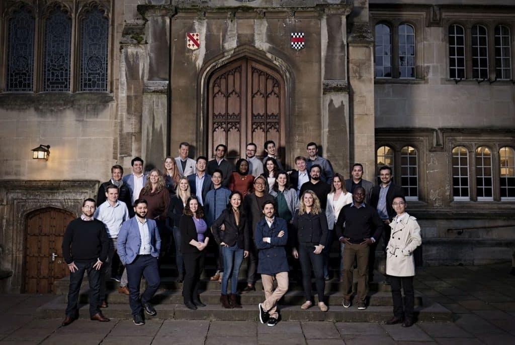 כהכנה לאירוע הגמר יצאו 30 המיזמים הסופיים לאוקספורד, כדי להשתתף בשבוע אקסלרטור, בו קיבלו כלים למיומנות והכשרה