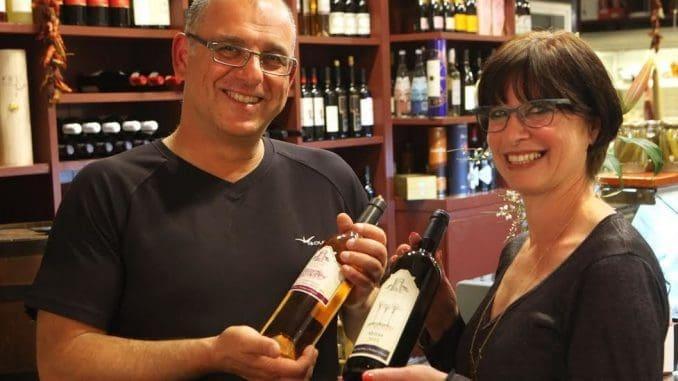 השנה החליט דורון יצחקי לייצר יין ישראלי מקומי שייכנס לארסנל היינות חובקי-עולם שלו