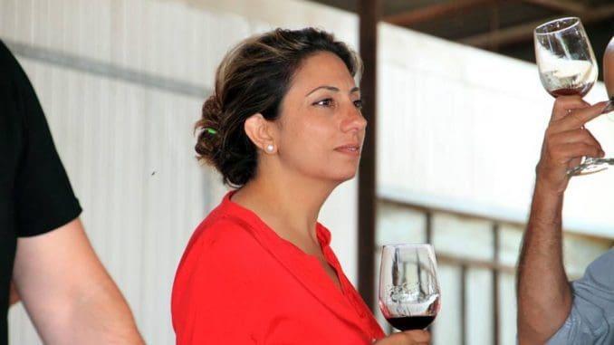 אילנית צמח – יצרה קורס אשר מקנה ליקבים כלים מעשיים כדי לשרוד, ואז להתפתח ולהמשיך לייצר יין