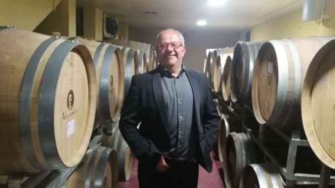 סגנון היינות של יקב אלכסנדר דומה מאוד לאיש – יינות מוחצנים וחזקים