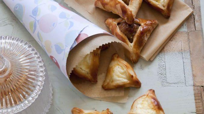 בצק איכותי, טעים במיוחד, המשלב כמות יפה של פרג, ריקוטה וצימוקים או אגוזים