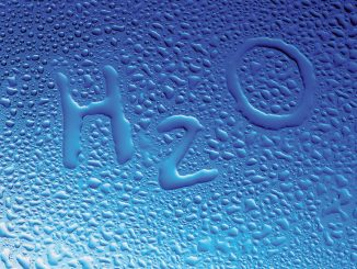 הישראלי שותה בממוצע 6.5 כוסות מים בבית ביום, לעומת 2 כוסות בממוצע של שתייה חמה