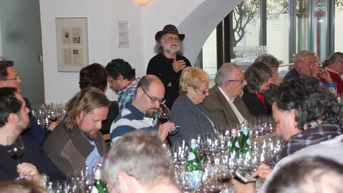 זאב דוניה הציג בגרמנית טובה את יינות יקב סוסון ים