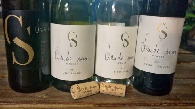 תוויות היין בצרפתית ובאנגלית, שום דבר בעברית, ונראה שרוב היין מיועד ליצוא