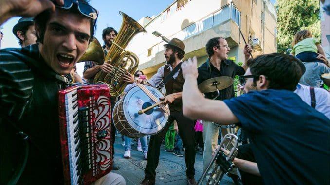 הרכב נגנים שיעשו לכם את יום העצמאות הכי שמח בתל אביב