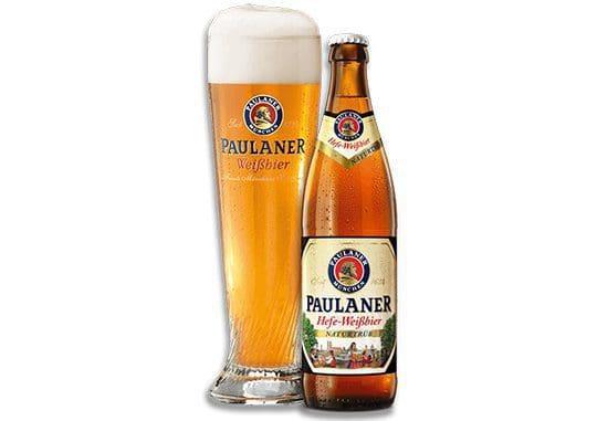 הבירה מוגשת בכוס גבוהה ייעודית של פאולנר המיוחדת לבירות חיטה