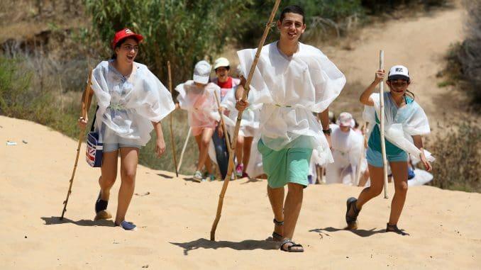 במסגרת הפסטיבל יחכו לילדים שחקנים אשר יגלמו דמויות של מקימי הקיבוץ
