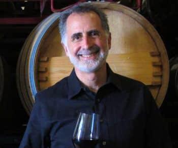 לפני מספר שנים החליט ג'ף מורגן לייצר יין בישראל מתוך ציונות ואהבתו לתעשיית היין הישראלית