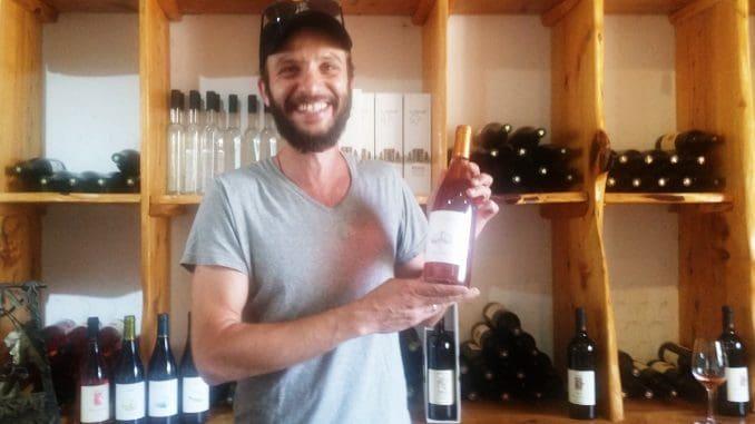 """אורן קדם, יינן ומנכ""""ל יקב אסף: """"פיתחנו קונספט של תיירות חקלאית המשלב בתוכו אוכל ויין, כאשר הכל סובב סביב היקב"""""""