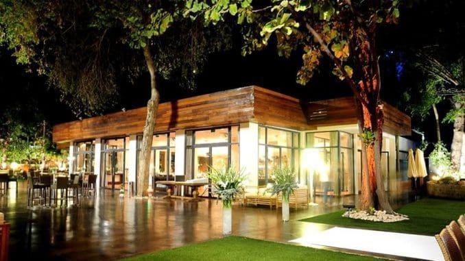 אחת הפעילויות תהיה הפעלת מסעדה, בית קפה, מתחם מסעדות, שוק אוכל הפתוח לקהל הרחב