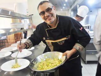 שף פדרו לואיס גואימט (Pedro Luis Guimet), שבעברו היה עורך דין שהחליט ללכת עם אהבתו – הבישול
