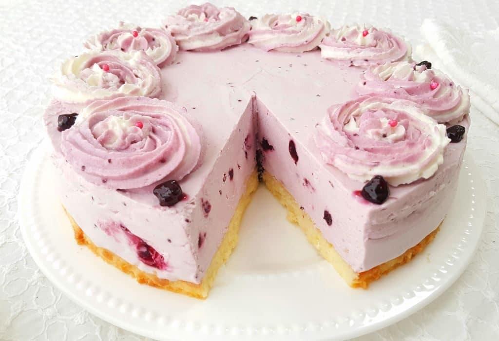 אפשר להכין מראש את העוגה ולהקפיא. ביום ההגשה להוציא ולהפשיר במקרר