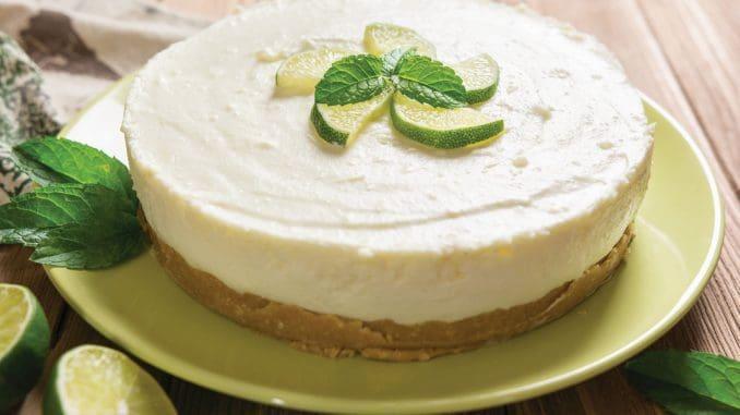 ניתן לפזר גרידת לימון לקבלת טעם רענן, או תוספות אחרות כגון מרשמלו או פירות העונה