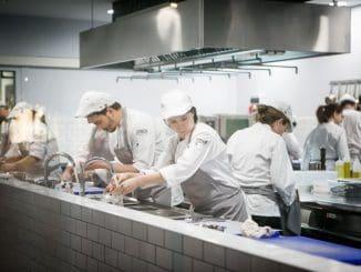 תכניות הכשרה לפי מידה למגוון עסקים בענף המזון והאירוח