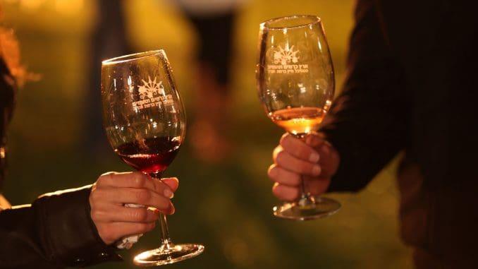 מטרת הפסטיבל לחשוף את תעשיית היין הענפה והחקלאות המקומית באזור מורדות הכרמל, בקעת הנדיב ועמק חפר