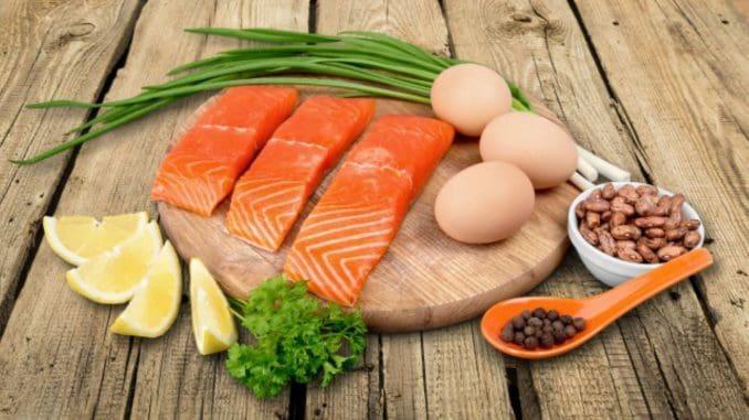 התמקדו בסוגי מזונות שמספקים כמה שיותר צרכים תזונתיים בכמה שפחות קלוריות