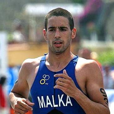 יונתן מלכא התחרה וייצג את ישראל באליפויות עולם ותחרויות בינלאומיות בחו״ל