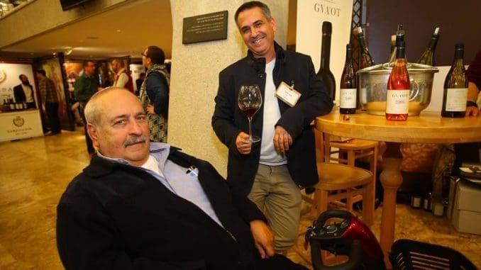אמנון וייס (משמאל) ושיבי דרורי. יודעים לעשות יין טוב