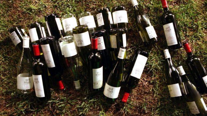 תשלום גבוה, הטעמת יינות חינם, ותשלום לצוות מטעימים