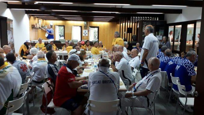 הספורטאים ומלוויהם צרכו במהלך עשרת ימי התחרות למעלה מ-16,000 מנות שסופקו ליותר מ- 30 אתרי התחרות