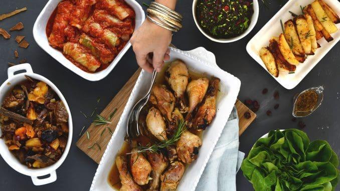 ארוחת חג מלאה ל-6 אנשים מכל סוגי המטבחים המסורתיים