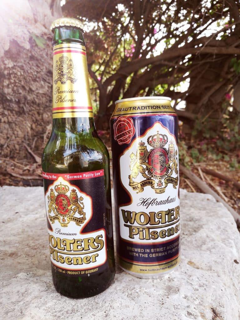 הבירה שנמכרת בבקבוקים ובפחיות הפתיעה לטובה עם מרירות מעט מעודנת
