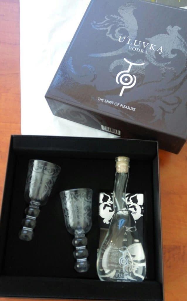בקבוק הוודקה נטול כל קישוט, עם צורה א-סימטרית ייחודית שזיכתה את הוודקה בפרסי עיצוב רבים