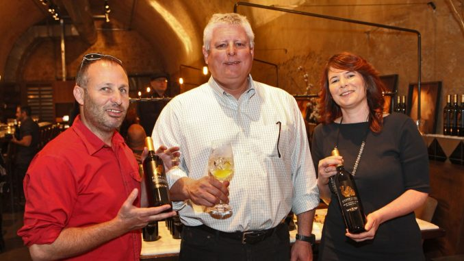 אנשי כרמל חוגגים יינות חדשים ומסתערים עם מבצעי חג