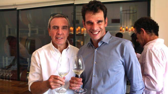ערן פיק (מימין) עם נתן חברוני בעל היקב