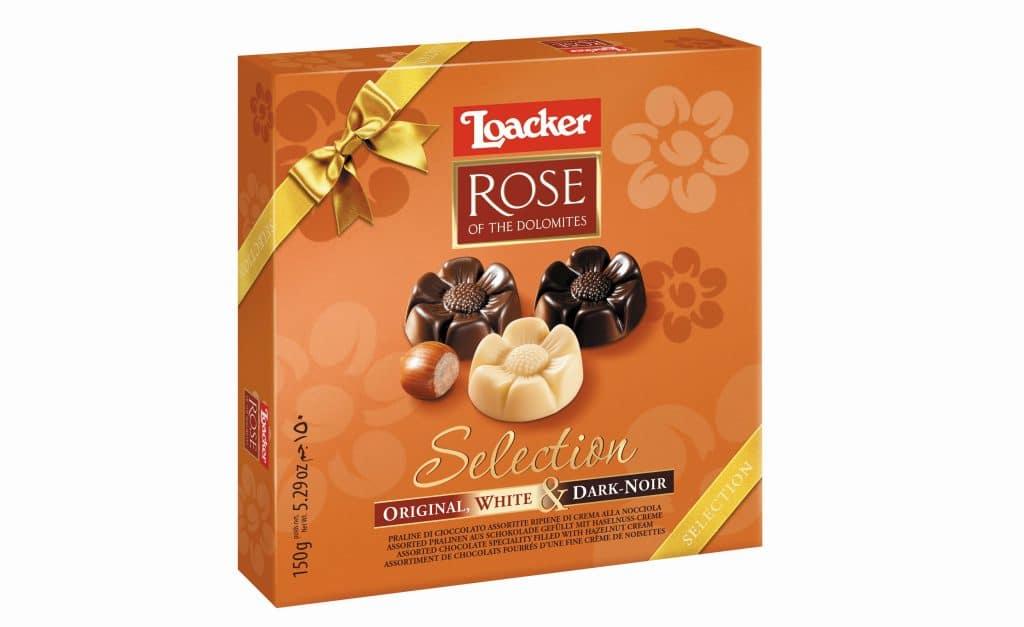 פרלינים מעוצבים בצורת פרחים, עשויים שוקולד מעולה