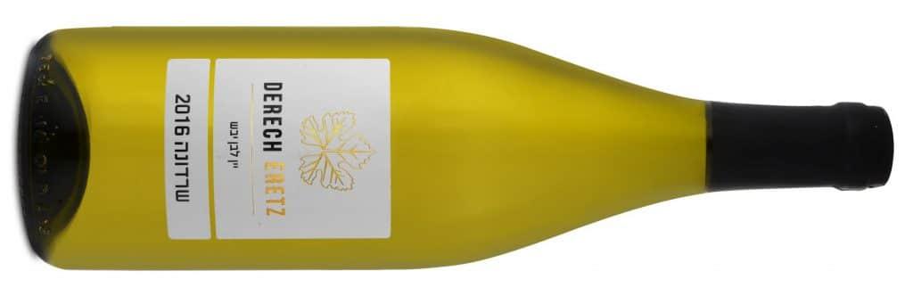 יין לבן צעיר עם מאפייני פרי טרי ורענן
