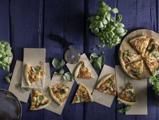 פיצות על טהרת גבינת המוצרלה של גד