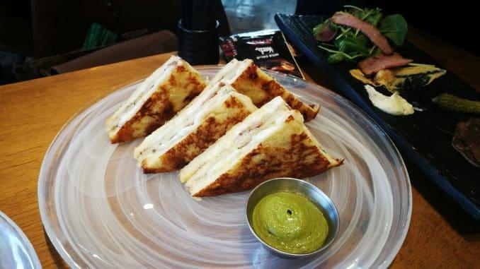 המנה הטעימה ביותר הייתה האסאדו מונטה קריסטו – פרנץ' טוסט בבריוש ממולא גבינת גאודה ואסאדו מפורק