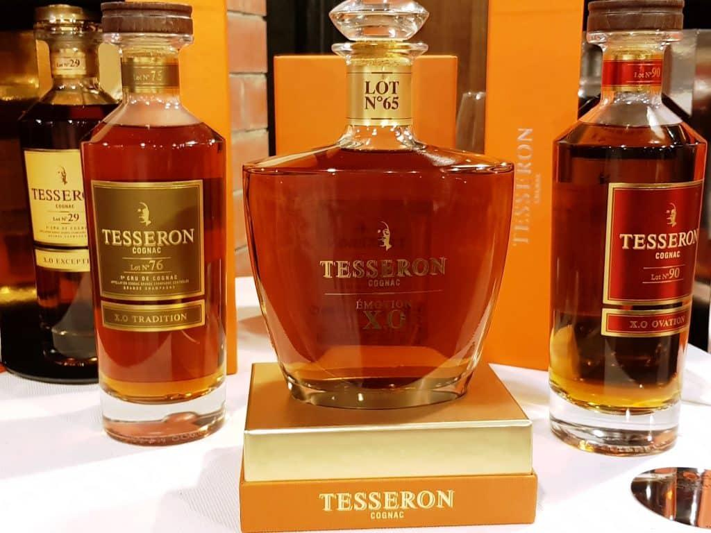 הקוניאקים של טסרון בטעימה בדרך היין