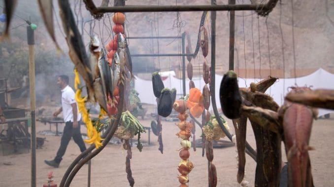 חוויית הקרקס ייחודית בגלל הקשר הבלתי אמצעי שנוצר בין הקהל לבין הטבחיות והטבחים. צילום אריה פרד