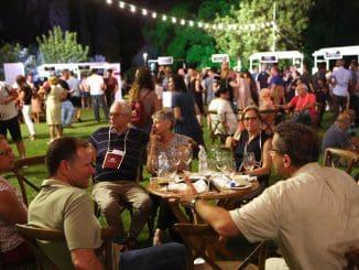 פסטיבלים ותערוכות יין צריכים לעבוד ביעילות רבה יותר על קידום תיירות היין . בתמונה הפסטיבל ברמת הנדיב. צילום דוד סילברמן dpsimages