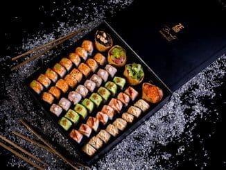 קופסאות מעוצבות בהן המנות מונחות באופן מדויק וללא תזוזה לשמירה על איכות ונראות המזון מרגע הכנתו עד לבית הלקוח. צילום בועז לביא