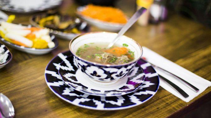 המסעדות יוסיפו לתפריט שלהן במשך שבוע מנת ספיישל של מרק שהשף או הבעלים אוהבים במיוחד. צילום Funia social groove