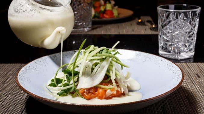 המלון משתייך לבית מותג Mgallery By Sofitel של רשת ACCOR העולמית, ובמסעדה מוגשות ארוחות בוקר ותפריט ערב של השף. צילום דני גולן