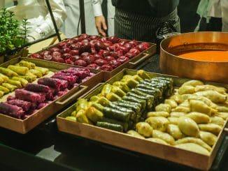 האוכל מותאם באופן אישי לאופי האירוע בהתאם לבקשת הלקוח. צילום שי שבירו