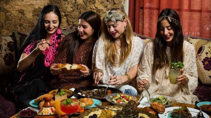 אווה סאפי - 4 לילות של משתה מרוקאי עד לא ידע, במסגרתו תהפוך המסעדה לארמון מרוקאי. צילום דרור עינב