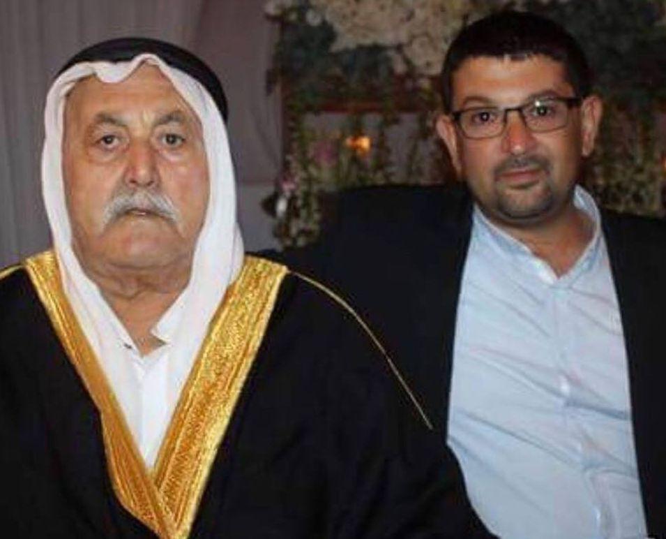 """סלאח דבאח ז""""ל ונכדו אכרם. צילום מדף הפייסבוק"""